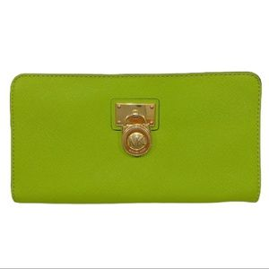 Michael Kors Hamilton Green Traveler Wallet